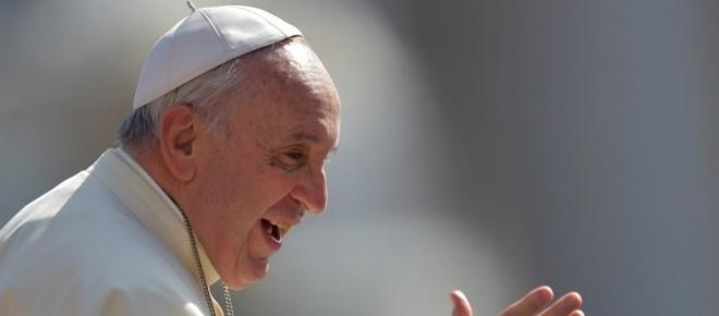 Monsignore 'festeggia' con orge e droga e Papa Francesco si arrabbia