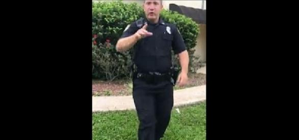 Photo Jacksonville Sheriff's Officer J.S. Bolen screencapture from Facebook / Vonte Shipman