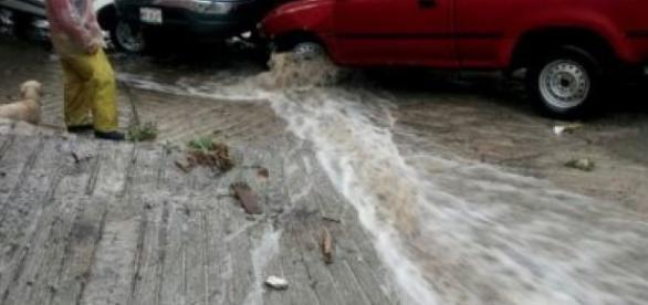 Tultitlán amanece bajo el agua tras lluvias | Publimetro México - com.mx