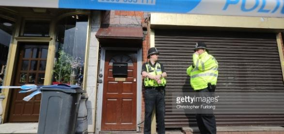 london raids taking place in relation to last nights terror attacks