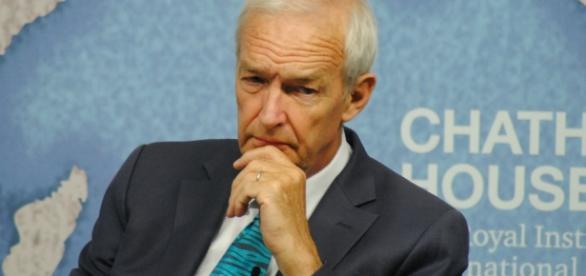 Jon Snow grilled Diane Abbott over Labour's apparent U-turn on 'shoot-to-kill'