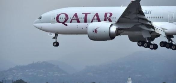 Qatari planes banned from Egyptian and Saudi air space - BBC News - bbc.com