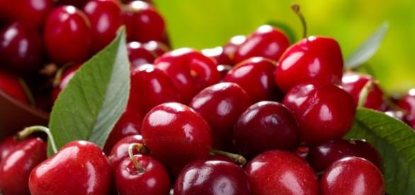 10 Essential Foods For Runners | Competitor.com - competitor.com