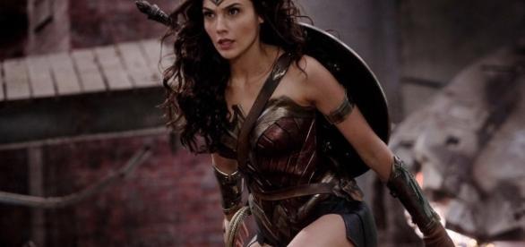 "Stephen Miller on Twitter: ""Wonder Woman. Crime waits for no ... - twitter.com"