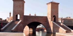 Ferrara: rimossa passerella dai Trepponti