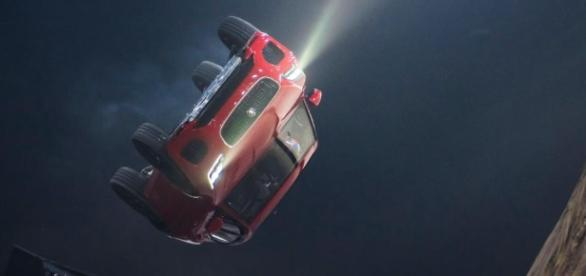 Jaguar E-Pace launches itself in London with world record barrel ... -[Image source: Youtube Screen grab]