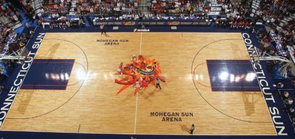 The Connecticut Sun host the San Antonio Stars on Sunday at Mohegan Sun Arena. [Image via Mystic County/Flickr Creative Commons]