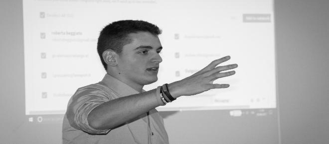 Giovani e social media 'Bisogna combattere il bullismo digitale'