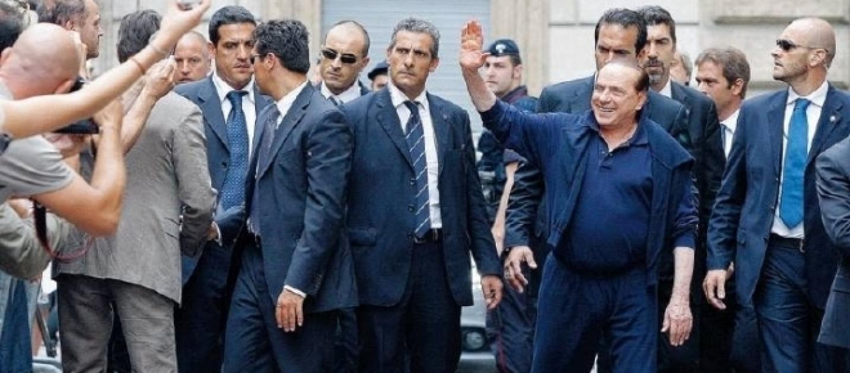 La lista dei vip italiani con la scorta ecco i nomi for Lista politici italiani