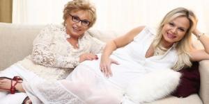 Dona Eva Michaelichen e a apresentadora Eliana
