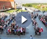 Wielkie 'Weto' na pl. Zamkowym (fot. wyborcza.pl)