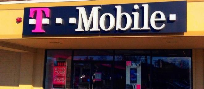T-Mobile adds more new customers than expected in Q2