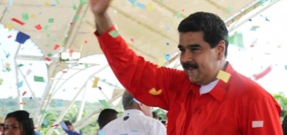 El presidente de Venezuela, Nicolás Maduro, anunció el tercer aumento salarial de 2017