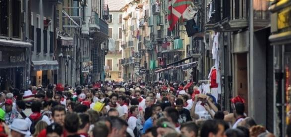 "Photo Pamplona during the ""Running of the Bulls"" by Raúl Villalón/CC BY-NC-ND 2.0"