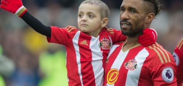 Jermain Defoe pays emotional tribute to Bradley Lowery in open ... - mirror.co.uk