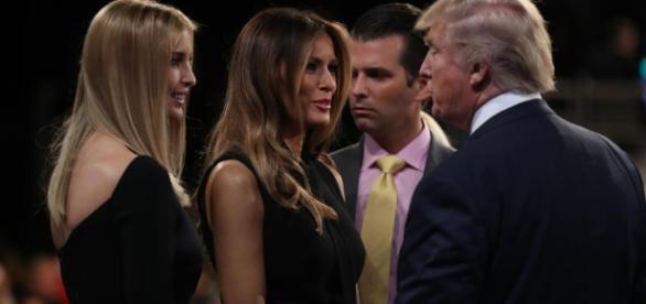 Ocupará Ivanka Trump el papel de primera dama? Mientras Melania ... - univision.com