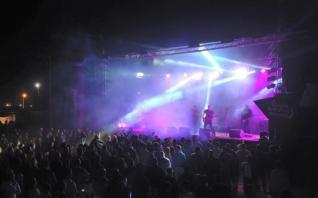Santa Summer Sounds '15: A segunda edição de um festival de verão que promete e cumpre, sempre com boa música.