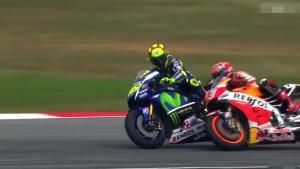 Valentino Rossi echa de la partida a Marc Márquez en el premio Moto GP de Malasia
