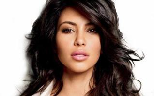 Kim Kardashian West admite que estaria perdida se não pudesse copiar a sua irmã Kourtney