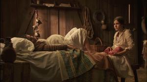 <b>Il Segreto: Ines partorisce Beltran ma viene rapito</b>