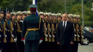 Vladimir Putin e quella vocazione alla 'guerra fredda'