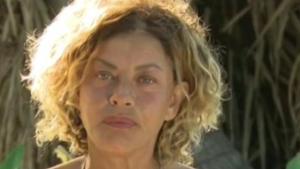 Isola dei Famosi: Eva Grimaldi squalificata? ecco il video del gestaccio [VIDEO]