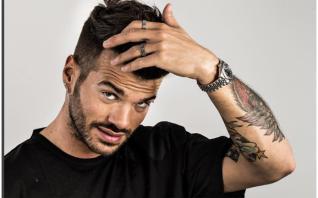 Video: Claudio Sona, ex tronista della versione gay di Uomini e Donne