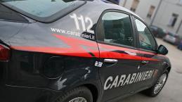 VIDEO: Roma, immigrato tenta di stuprare una sedicenne, lei lo accoltella