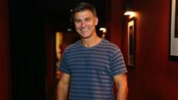 Ex-galã da Globo sai do armário: 'Sofro mais que sinto prazer sendo gay'
