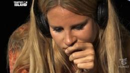 VIDEO: Anticipazioni Temptation Antonio nei guai, passa notte con la tentatrice