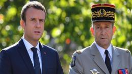 Démission de Pierre de Villiers : Macron se défend sur le terrain
