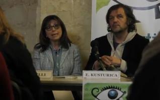 Emir Kusturica sigue buscando en su imaginario