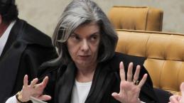 Presidente do Supremo Cármen Lúcia dá resposta 'contundente' a pedido de Temer