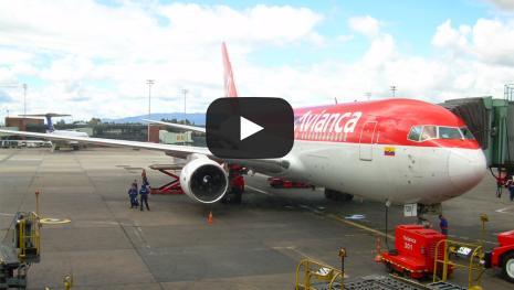 Avianca suspendió vuelos hacia y desde Venezuela
