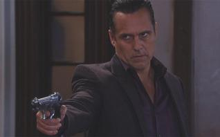 'General Hospital' spoilers: Jason shot in mob war - Max, Sonny rush to rescue